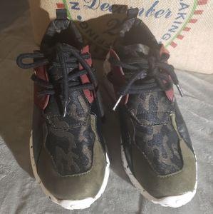 Cato Retro Sneaker